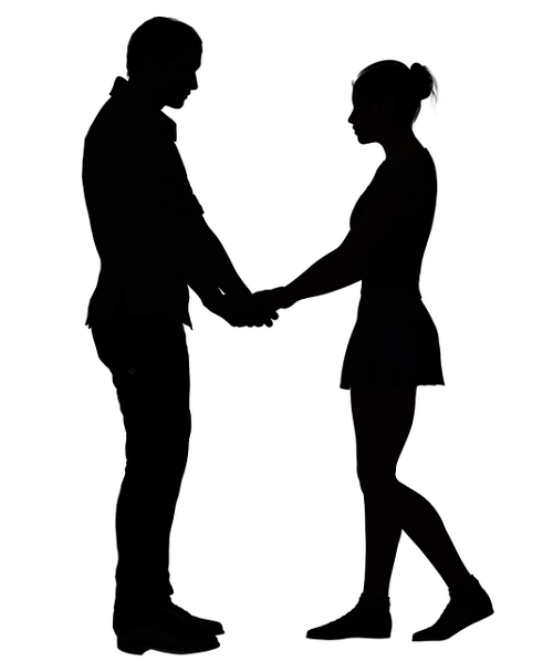 couple_holding_hands
